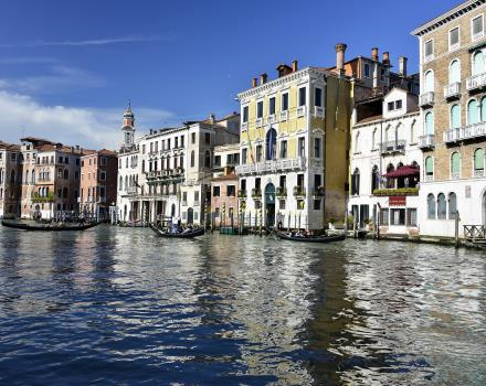 The most convenient way to visit Venice-Book Best Western Plus Hotel Bologna in Mestre, 4 star hotel 10 minutes distance from the historic center of Venice.